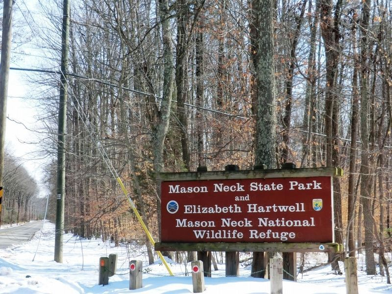 Sign at the entrance to Mason Neck State Park image. Click for full size.