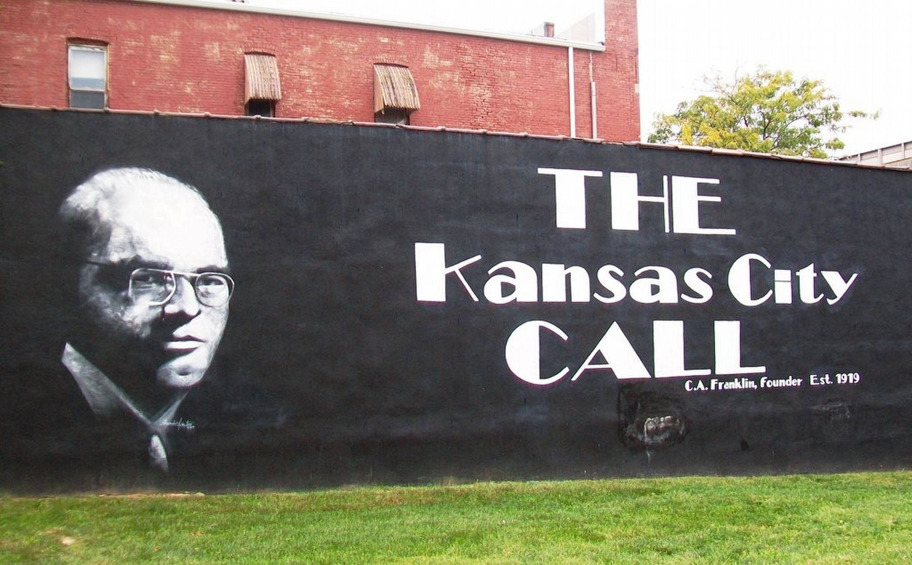 Kansas City Call Building Mural image. Click for full size.