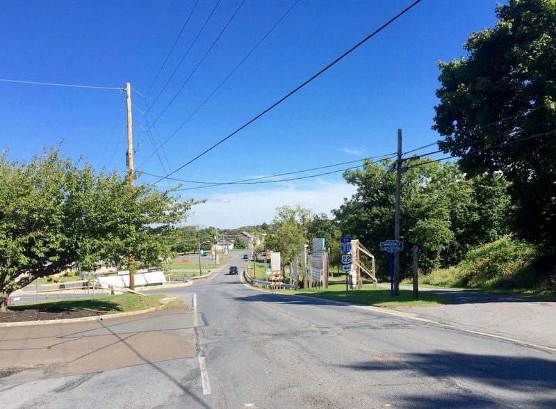 Shartlesville Marker - Wide View, Looking East into Shartlesville image. Click for full size.