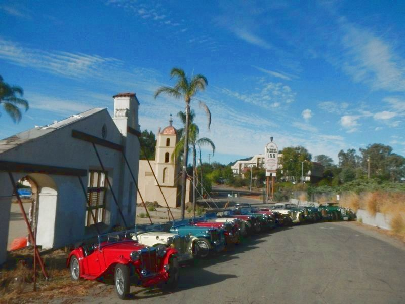 ARR/TCMG lineup in front of what remains of the Motel Inn image. Click for full size.