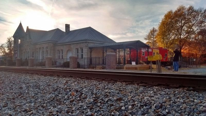 Alabama Great Southern Railroad Depot image. Click for full size.