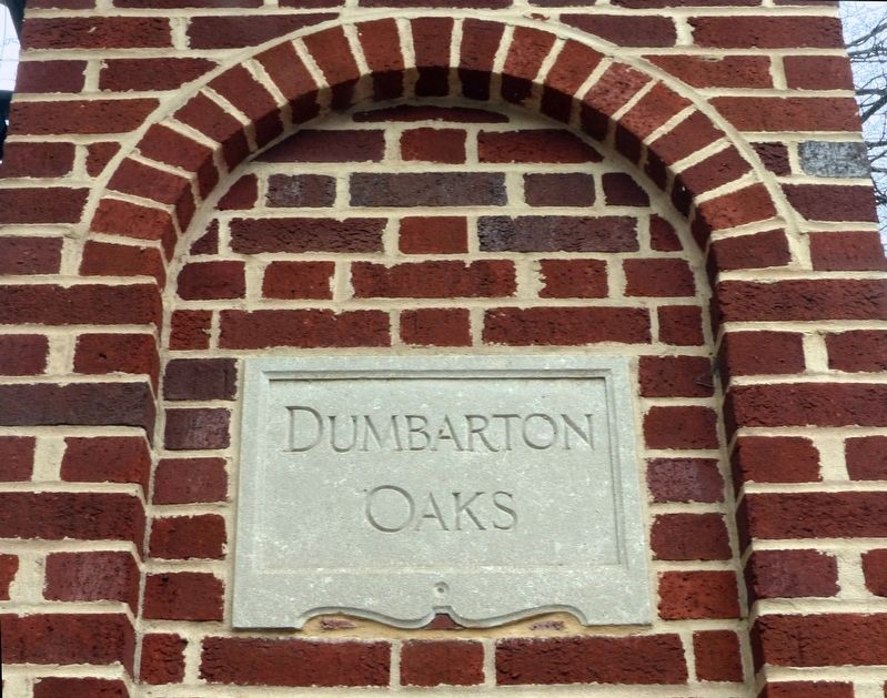 Dumbarton Oaks image. Click for full size.