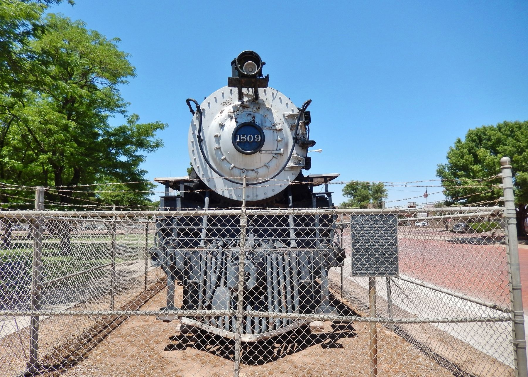 Engine 1809 Marker (<b><i>wide view</b></i>) image. Click for full size.