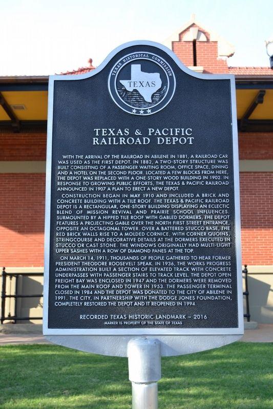Texas & Pacific Railroad Depot Historical Marker
