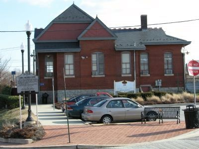 Laurel Railroad Depot and Marker image. Click for full size.