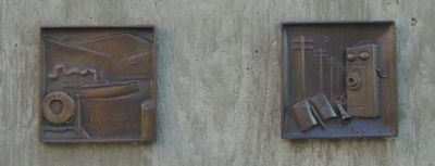 Bronze Reliefs on Pedestal, Right Side image. Click for full size.