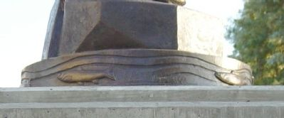 Closeup of Statue's Base, Right Side image. Click for full size.