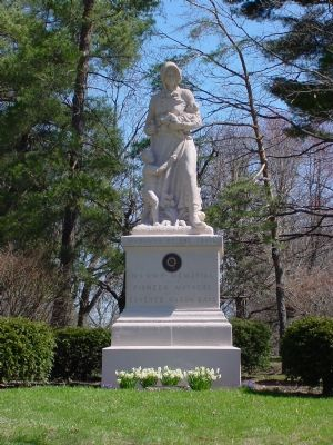 Madonna of the Trail Monument image. Click for full size.