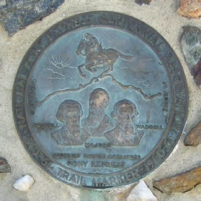 Round Plaque image. Click for full size.
