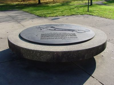 The Newark Earthworks Marker image. Click for full size.