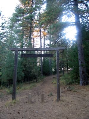 Deadwood Cemetery Entrance Sign image. Click for full size.