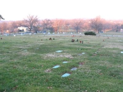 Fort Lincoln Cemetery image. Click for full size.