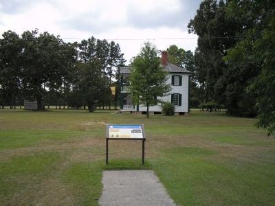 Battle of Bentonville marker and Harper House image. Click for full size.