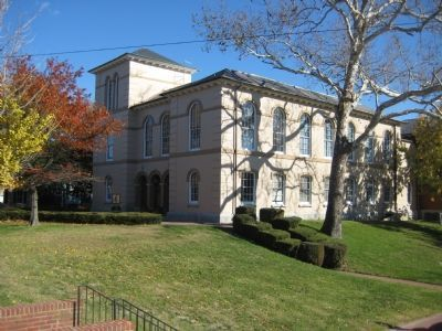 Dorchester County Courthouse image. Click for full size.