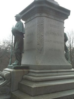 Back and Soldier's Side of Monument image. Click for full size.