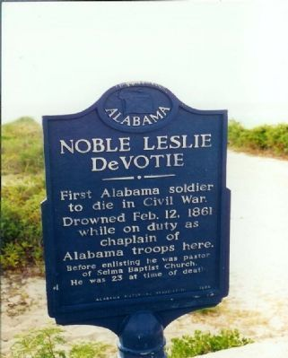 Noble Leslie DeVotie Marker image. Click for full size.