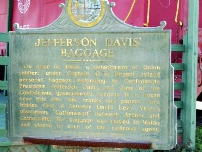 Jefferson Davis' Baggage Marker image. Click for full size.