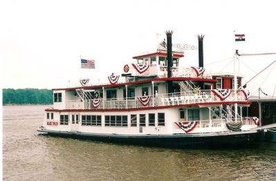 Riverboat image. Click for full size.