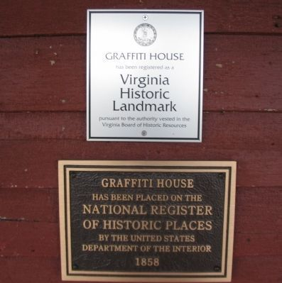The Graffiti House National and State Register Plaques image. Click for full size.
