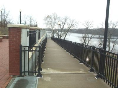 Ramp Entrance to Northern Section of South Riverwalk Park image. Click for full size.