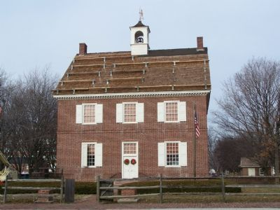 Marker is in front of restored Colonial Court House image. Click for full size.