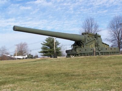 U.S. Army's largest 16 inch gun used for coastal defense. image. Click for full size.