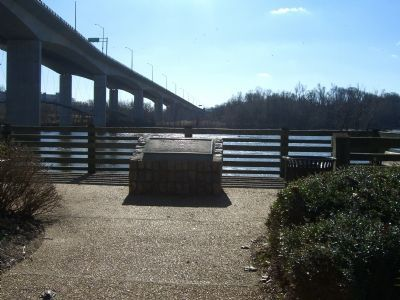Robert E. Lee Bridge Marker image. Click for full size.