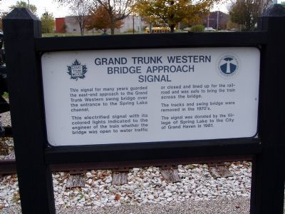 Grand Trunk Western Bridge Approach Signal Marker image. Click for full size.