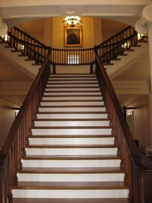 Stairway up to Senate and House Chambers image. Click for full size.