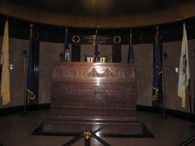 Lincoln's headstone inside the Tomb image. Click for full size.