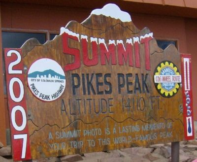 Pikes Peak Summit image. Click for full size.