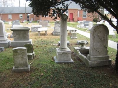 Ross' Children's Graves image. Click for full size.