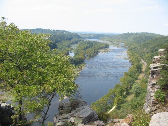 A View of the Pototomac Upstream from the Overlook image. Click for full size.