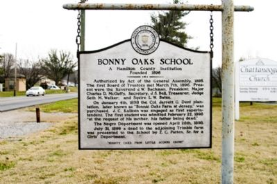 Bonny Oaks School Marker image. Click for full size.