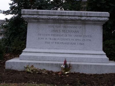 James Buchanan' Tomb image. Click for full size.