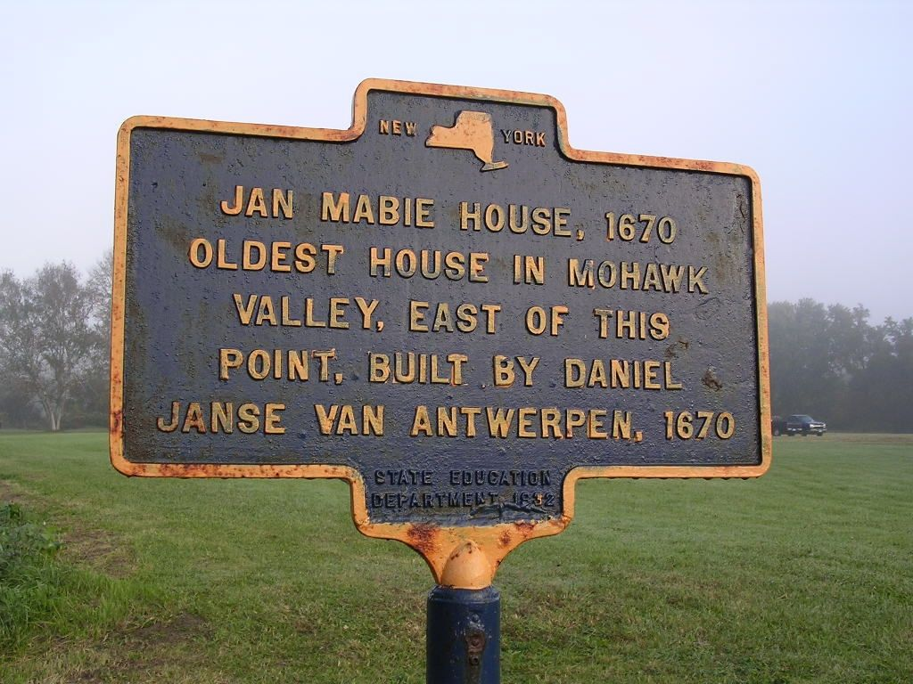 The former Jan Mabie House, 1670 Marker