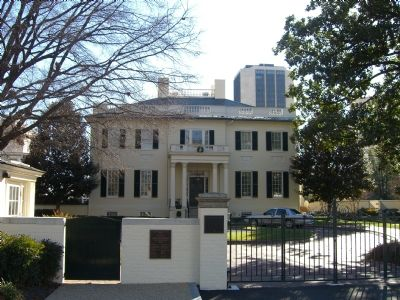 The Executive Mansion of Virginia and Markers image. Click for full size.