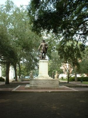 Oglethorpe Monument at Chippewa Square image. Click for full size.