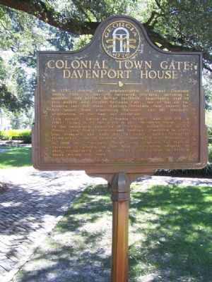 Colonial Town Gate - Davenport House Marker image. Click for full size.