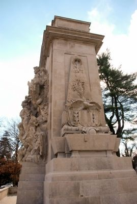Right Side and Front of Princeton Battle Monument image. Click for full size.