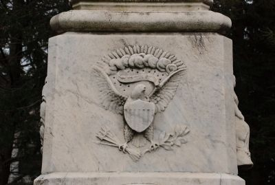 United States Crest on Rear of Monument image. Click for full size.