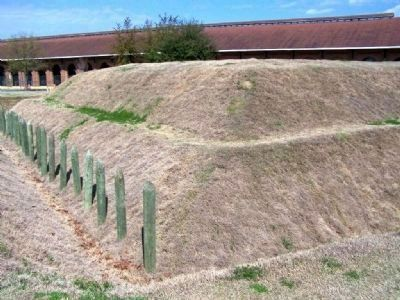 Fort at new Battlefield Park, Savannah image. Click for full size.