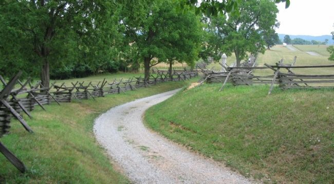 Sunken Road or Bloody Lane image. Click for full size.