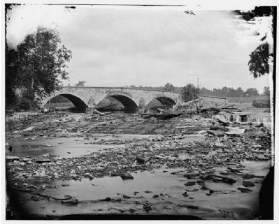 Antietam Bridge on the Sharpsburg-Boonsboro Turnpike - The Middle Bridge image. Click for full size.