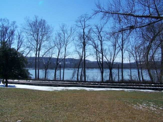 Susquehanna River from front of house. image. Click for full size.