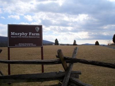 Murphy Farm Trailhead image. Click for full size.
