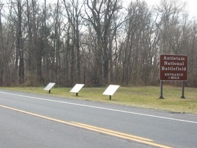 Confederate Tablets on the New Hagerstown Pike image. Click for full size.
