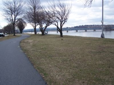 Portion of Riverfront Park looking south. image. Click for full size.