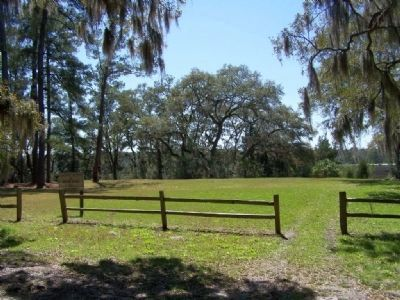 Old House Plantation Grounds as seen today image. Click for full size.