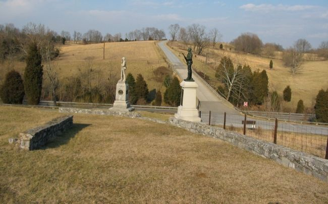 Two Pennsylvania Monuments image. Click for full size.